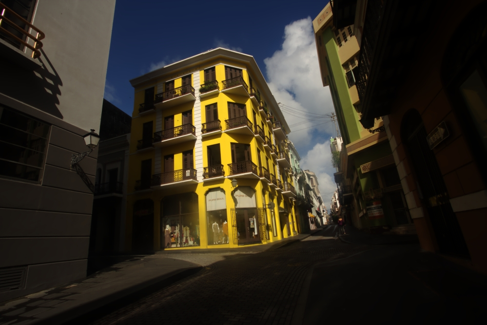 yellow-bldg-old-san-juan